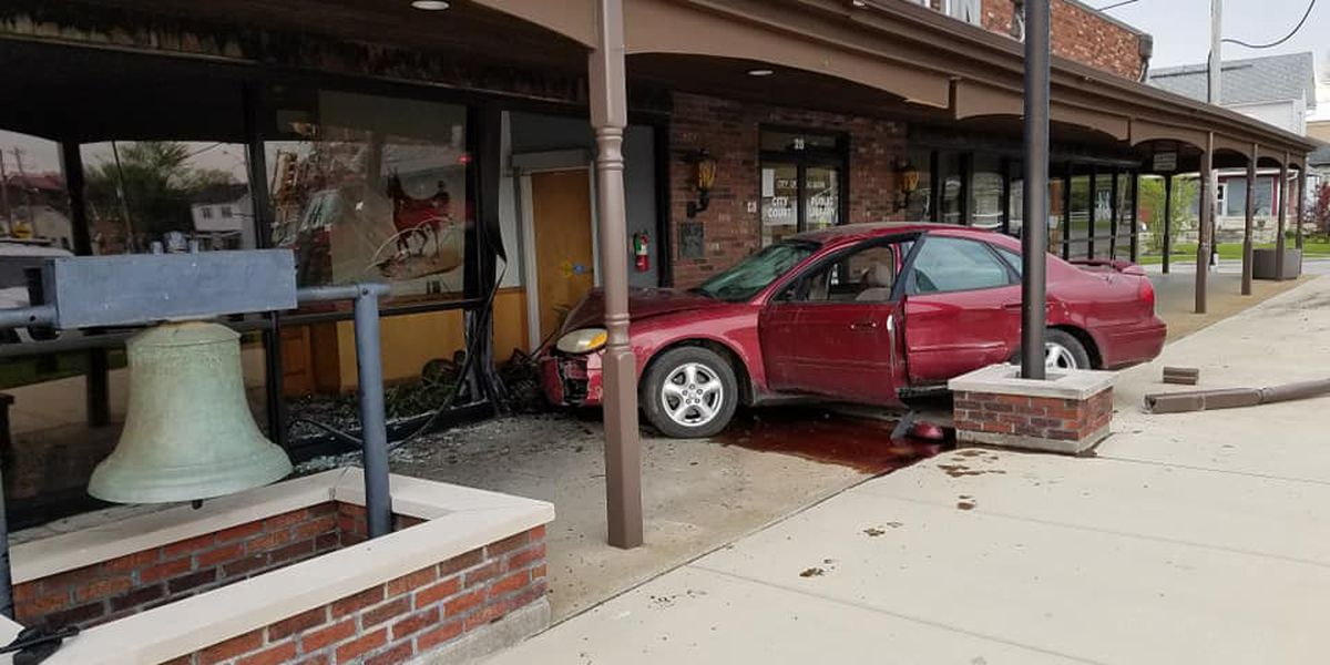 Juvenile drives car into city hall, hits pedestrian in Du Quoin, Illinois