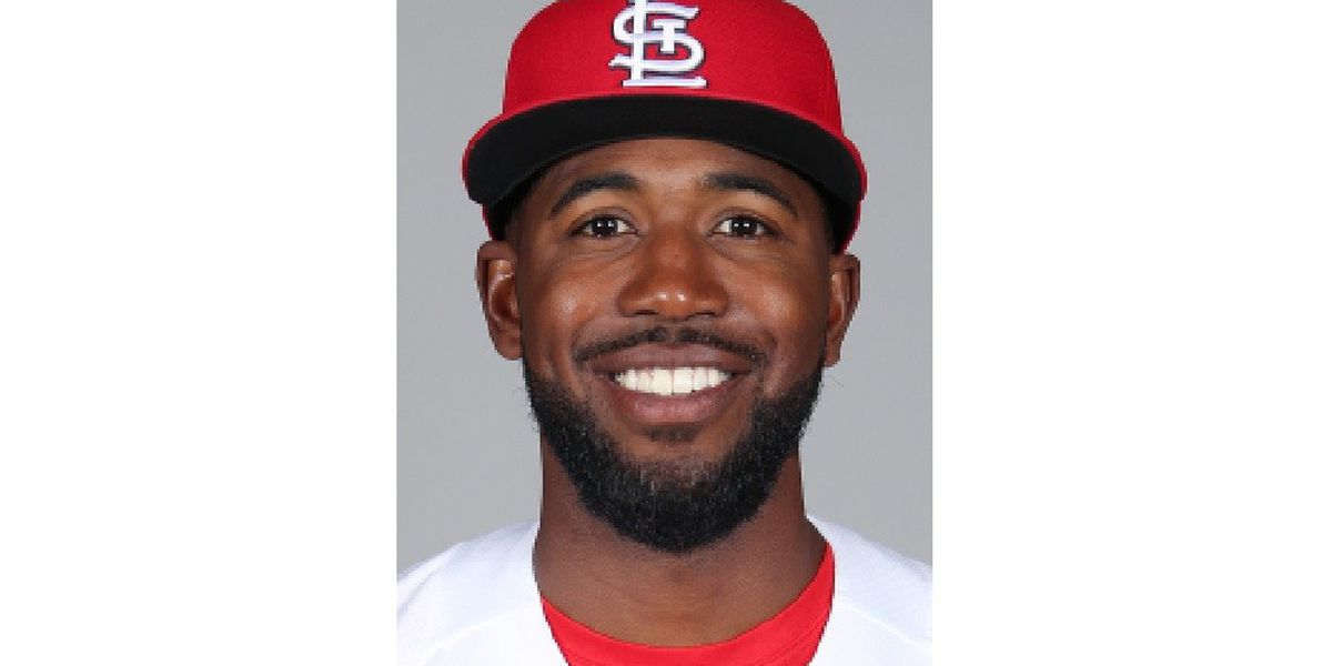 Cardinals trade Fowler to Angels