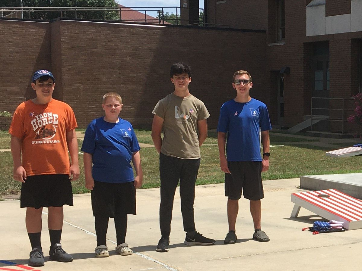 Heartland Boy Scouts build outdoor games for VA medical center