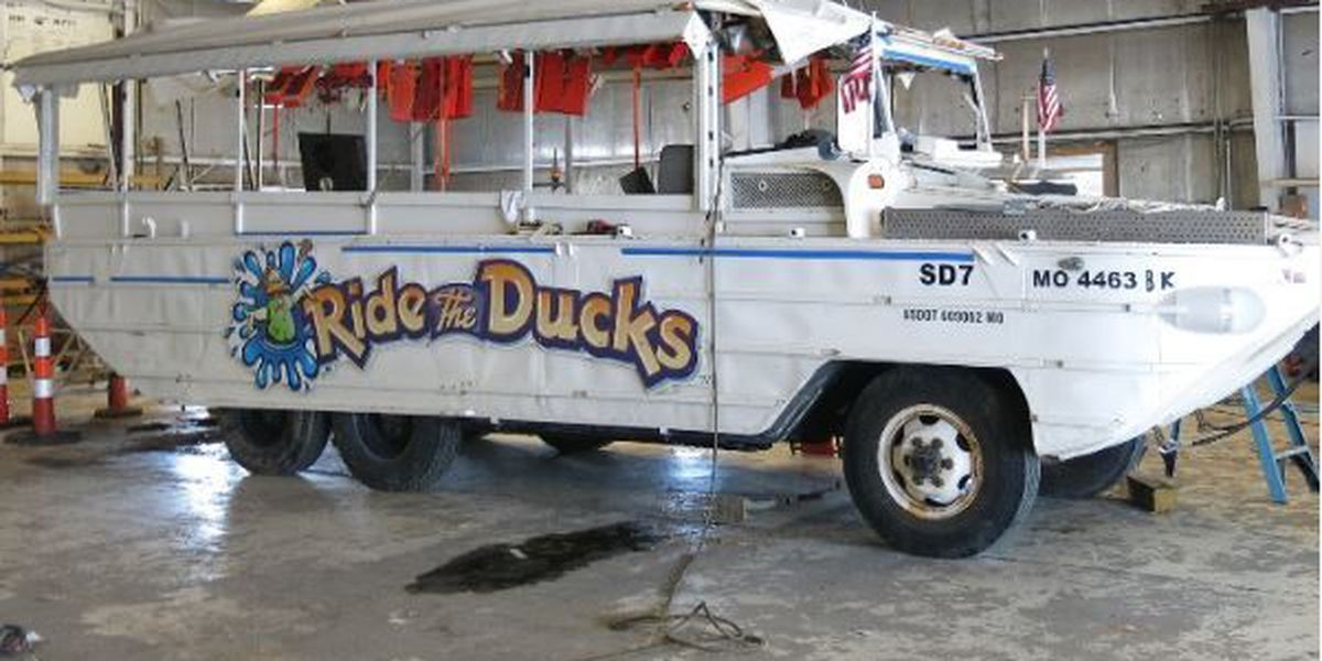 Electronic devices examined as duck boat inquiry continues