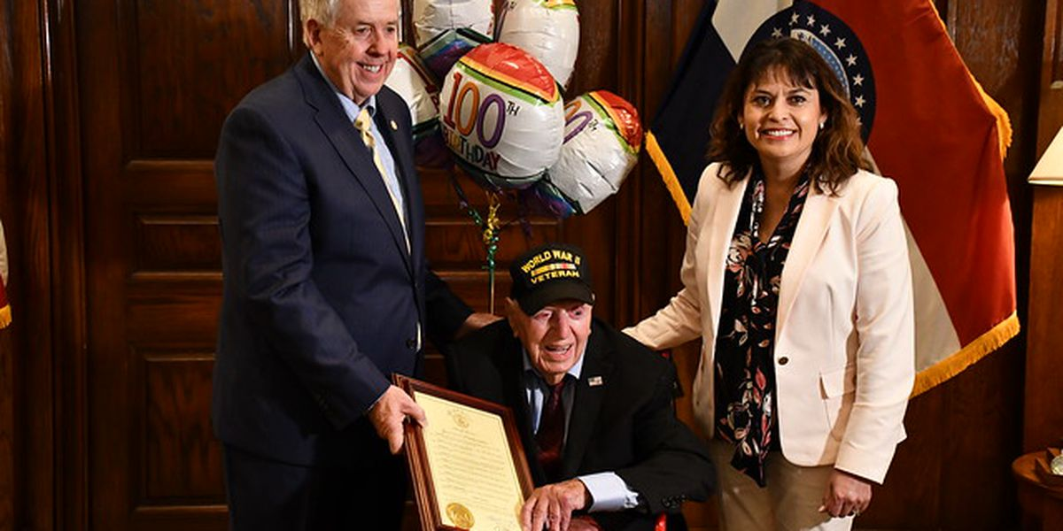 MO Gov. meets with touring WWII veteran