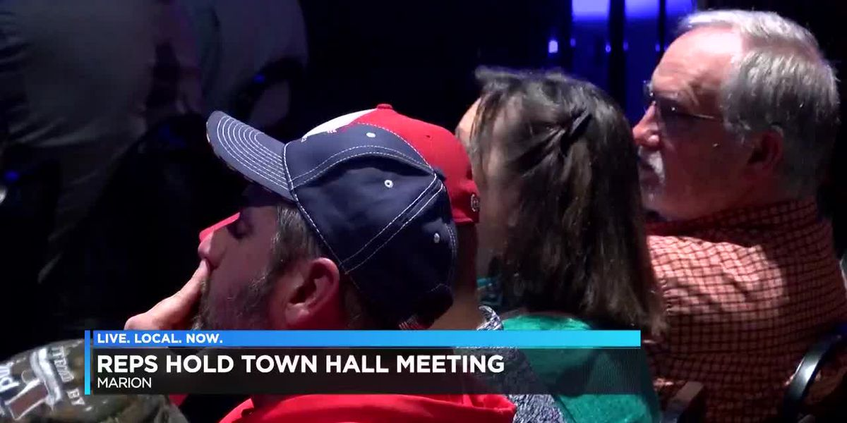 IL town hall held in Marion
