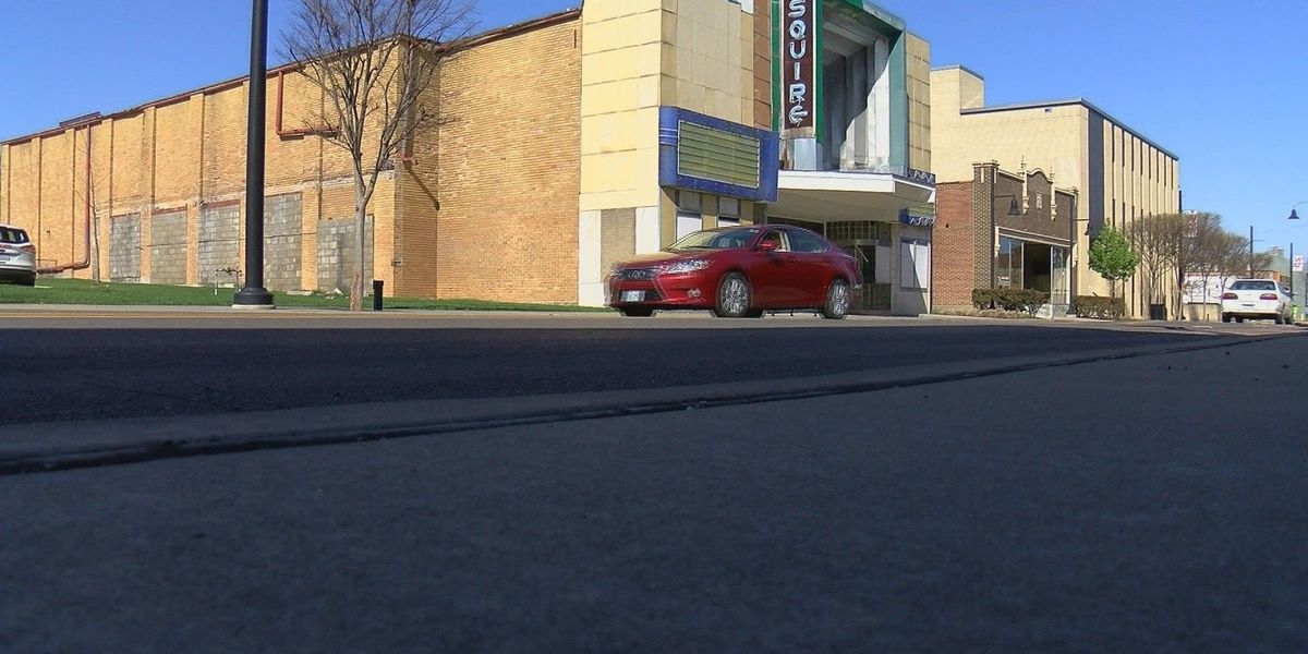 City Council votes for TIF funding for Esquire Theater