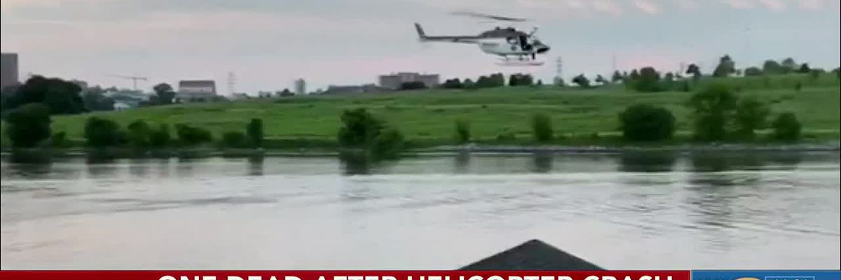 One dead after helicopter crash in Tennessee River
