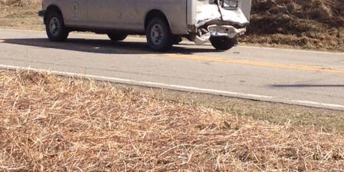 Multiple people including 8 inmates taken to hospital after IL 146 crash