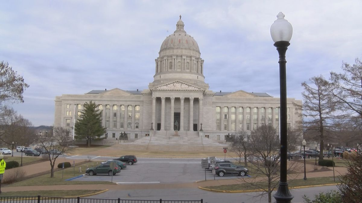 Mo. senate special session postponed due to COVID-19 cases