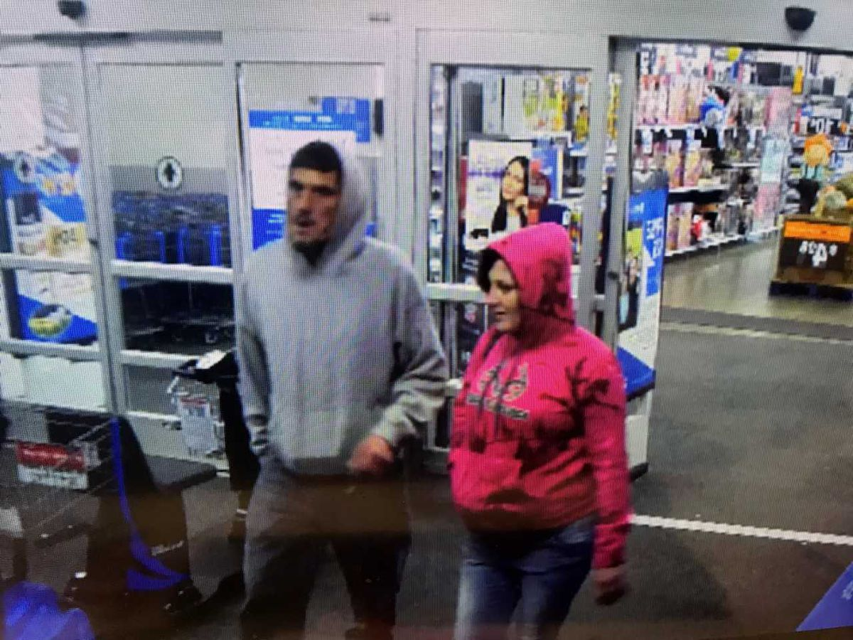 KSP seeks to identify 2 suspects accused of using a stolen credit card
