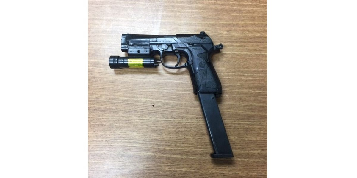 Modified fake gun with real pistol magazine found during traffic stop