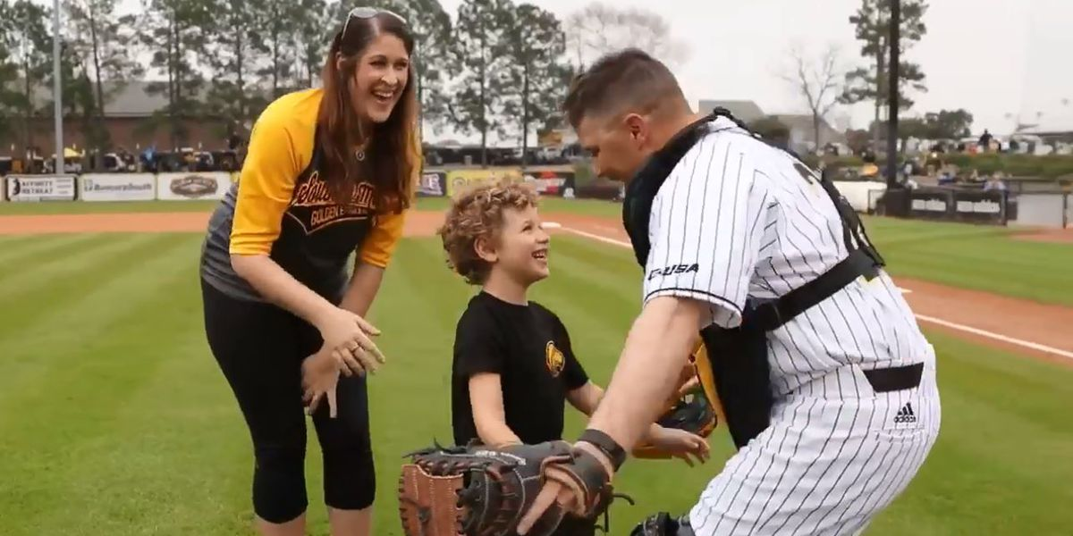 MS soldier surprises son with first pitch reunion