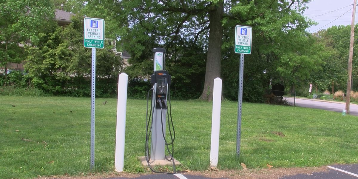 Federal electric vehicle research, electric vehicle infrastructure in Ill.