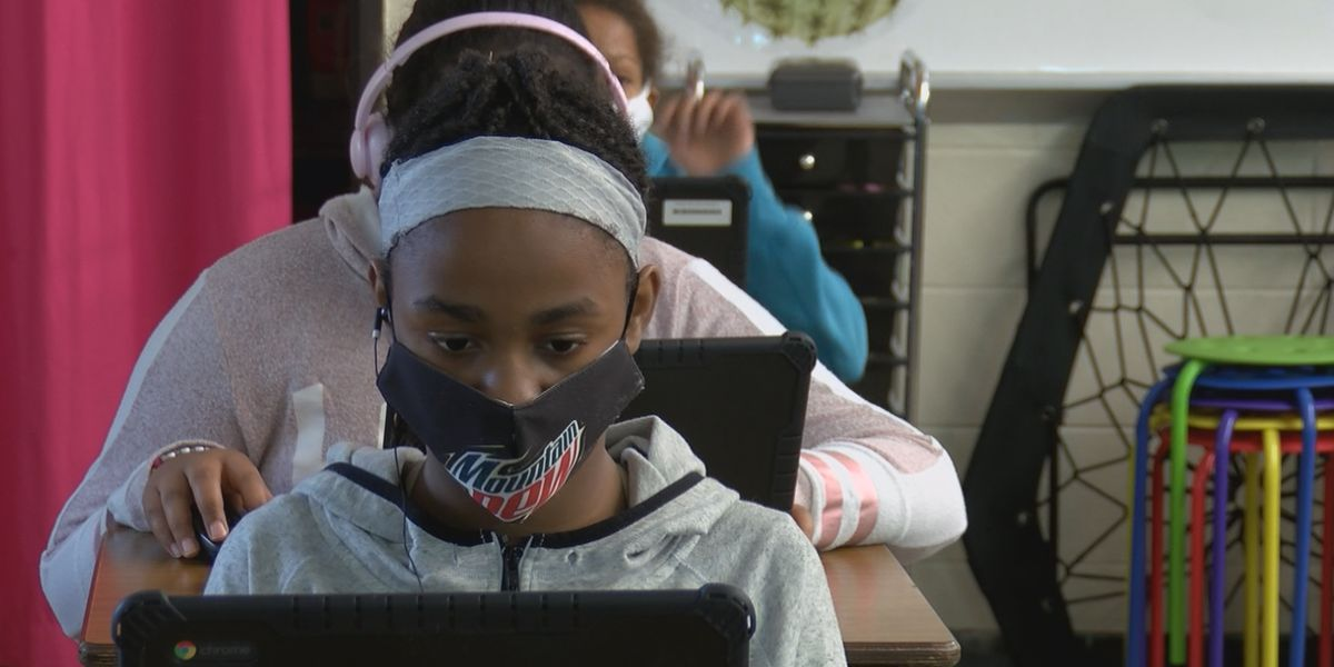 'Figure it out Fridays' prepare Cape Girardeau students for virtual learning