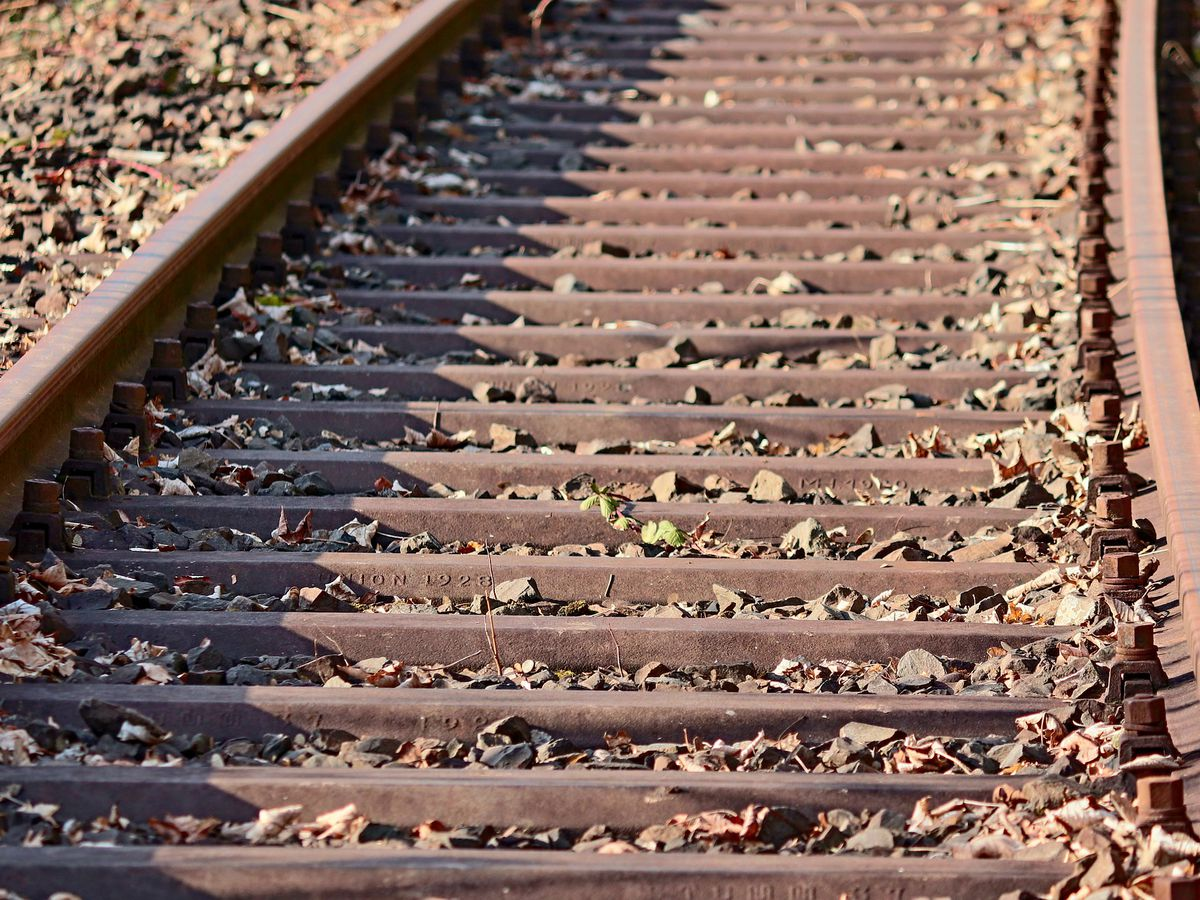 Mo. train service suspended due to flooding from Missouri River