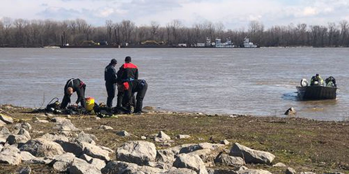 Carbondale man found dead in car pulled from Mississippi River