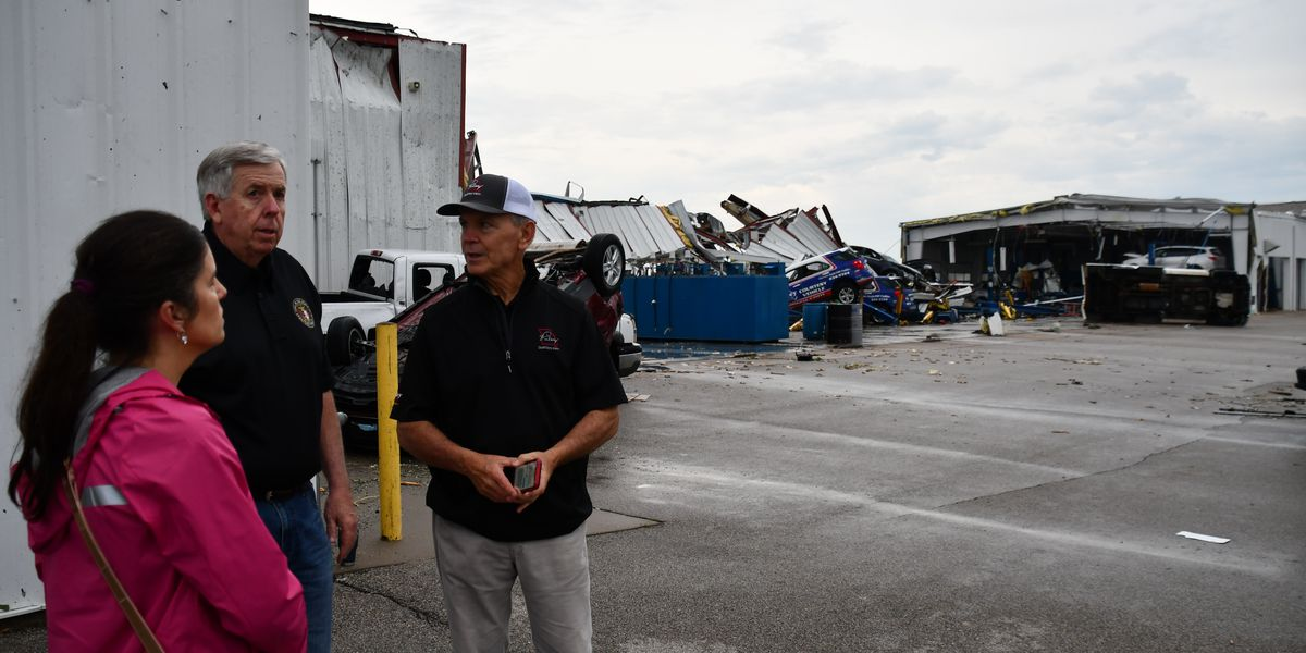 Mo. Governor surveys tornado damage in Jefferson City