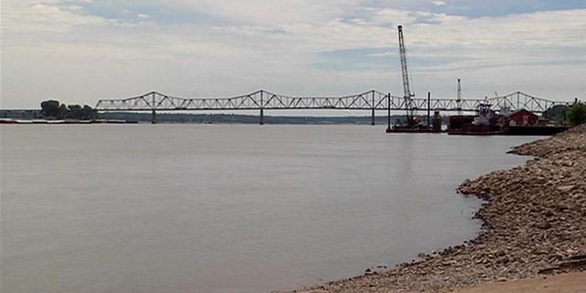 Lawsuit seeks to stop billboards near new Ohio River bridge