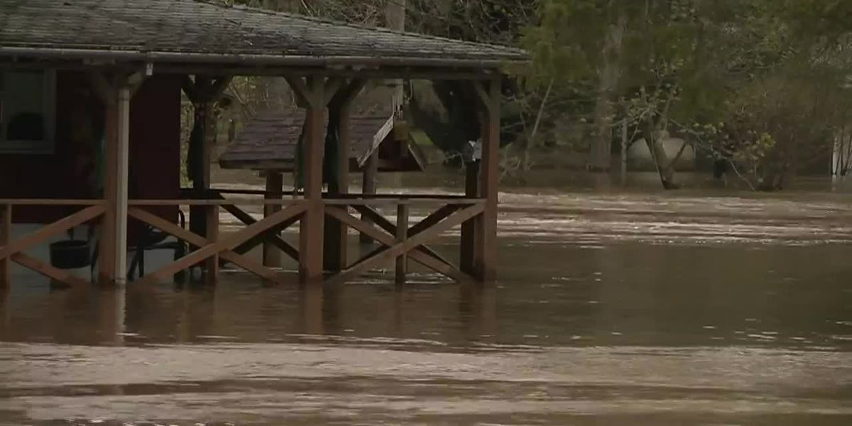 Flooding forces evacuations in more Michigan communities