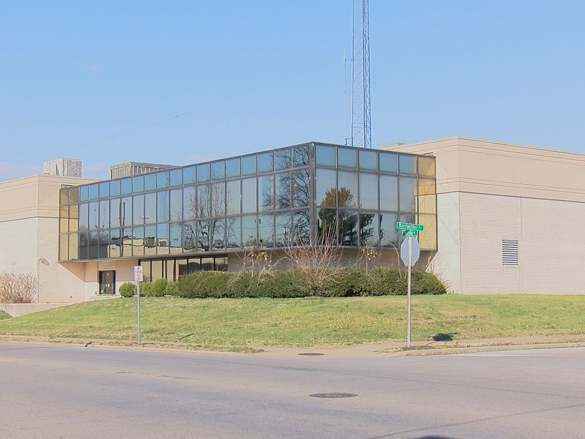 3 bids made on former Cape Girardeau Police Department headquarters