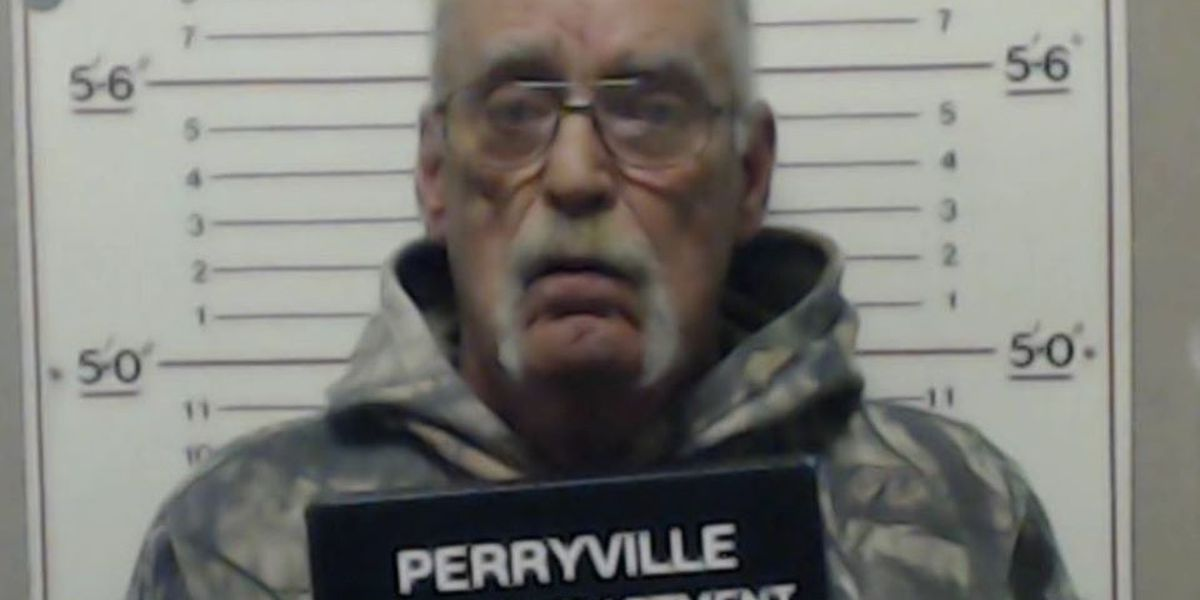 Man shot in chest, family member arrested in Perryville, Mo.