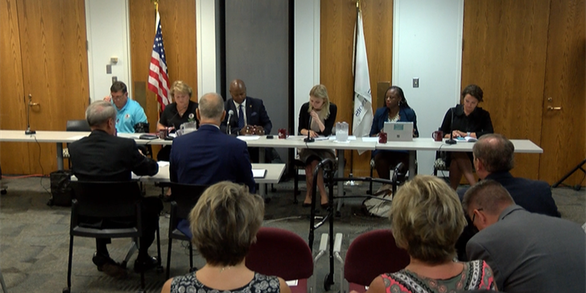 IL state lawmakers discuss funding at SIUC