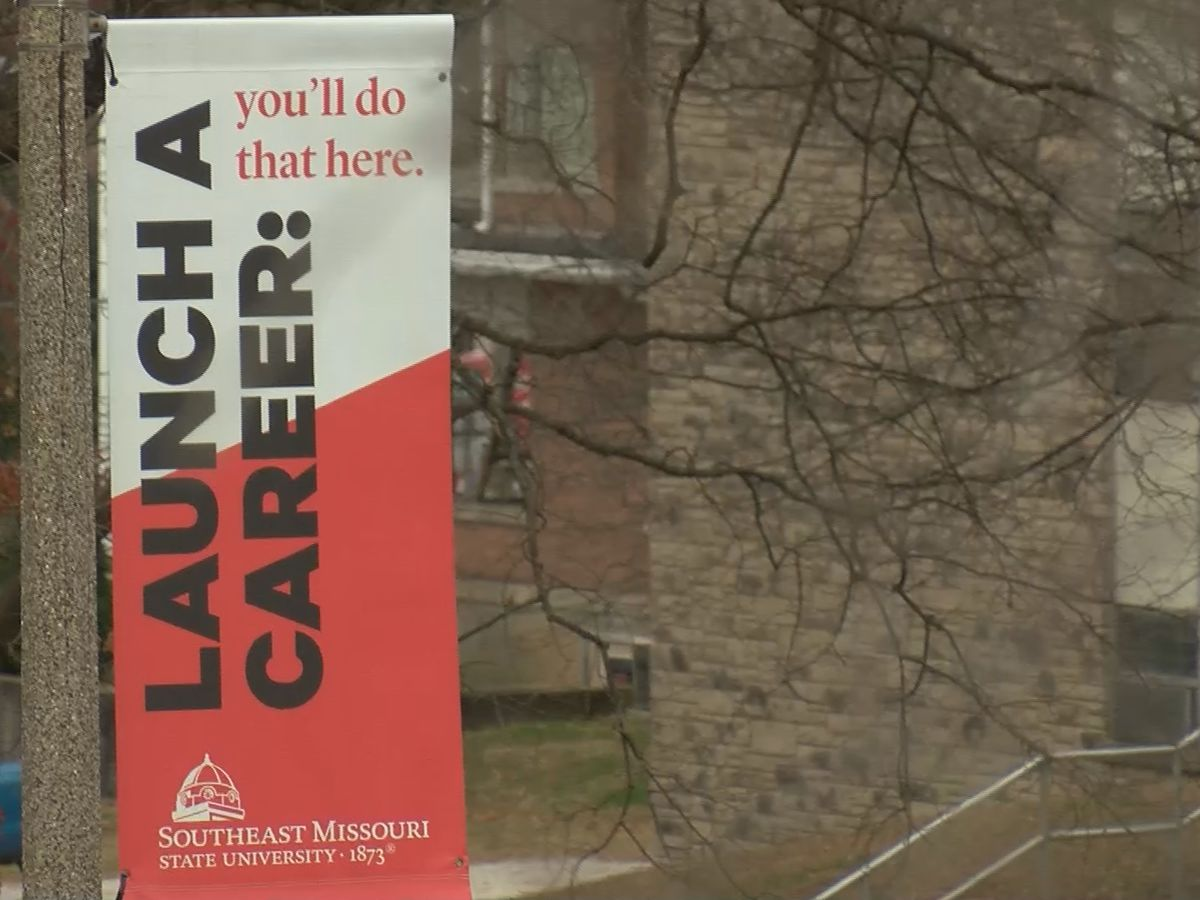 SEMO, SIU see enrollment decline