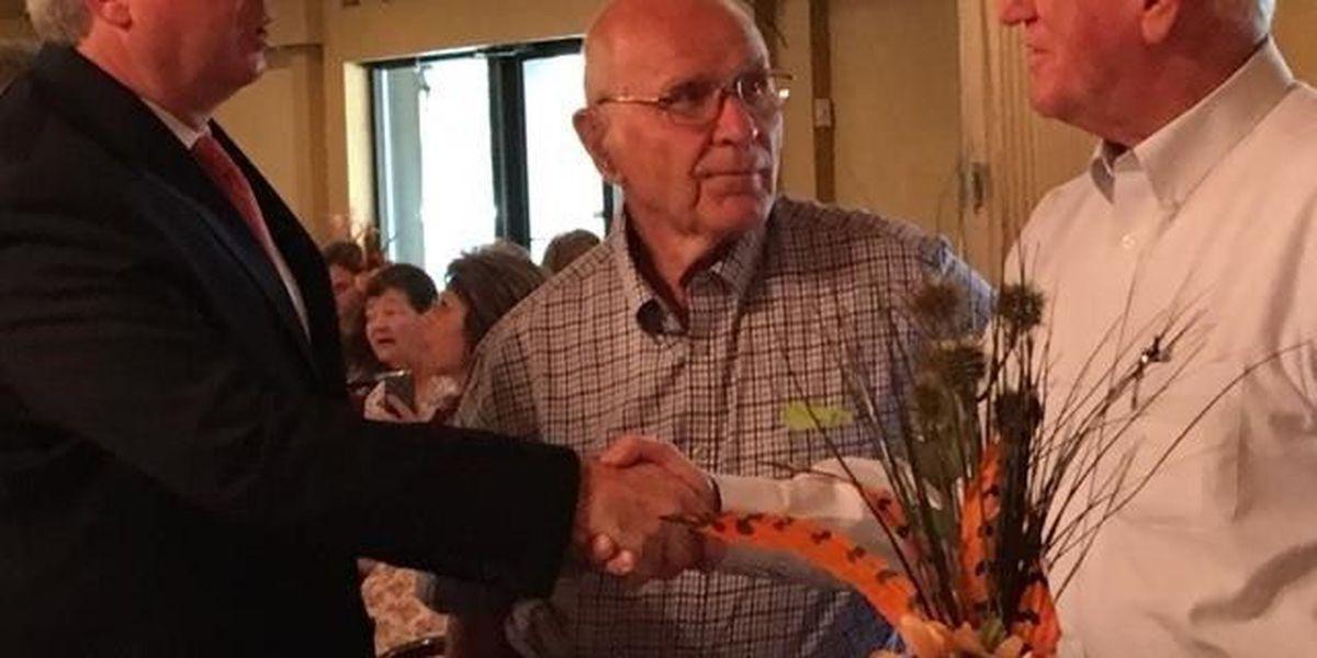 Chris Kennedy speaks at Franklin County Democrat's J.F.K. Dinner