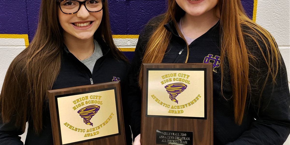2 Union City HIgh School volleyball players make All-District 13A Volleyball Team.
