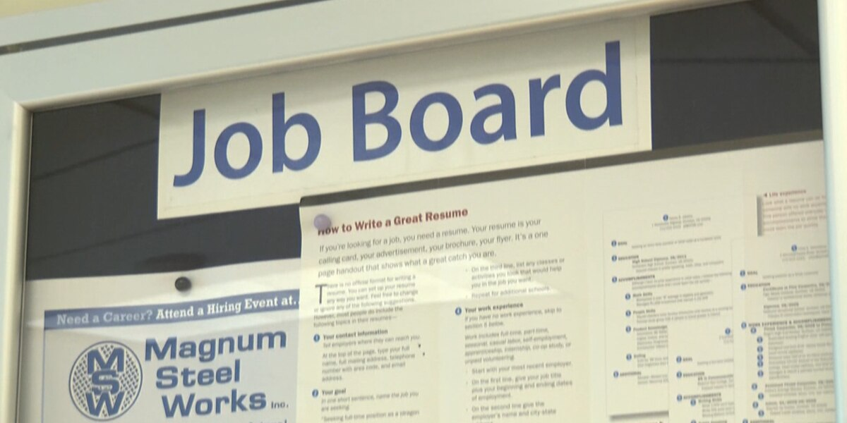 New law aims to decrease gender wage gap in Illinois