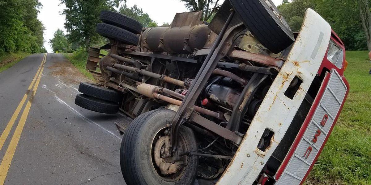 Dump truck crash injures 1 in McCracken Co., KY