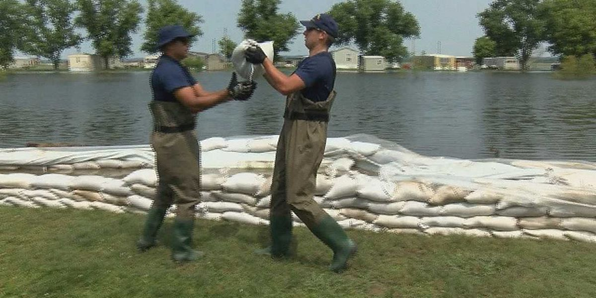 Water Pumps, U.S. Coast Guard fight floodwaters in Alexander Co, Ill.