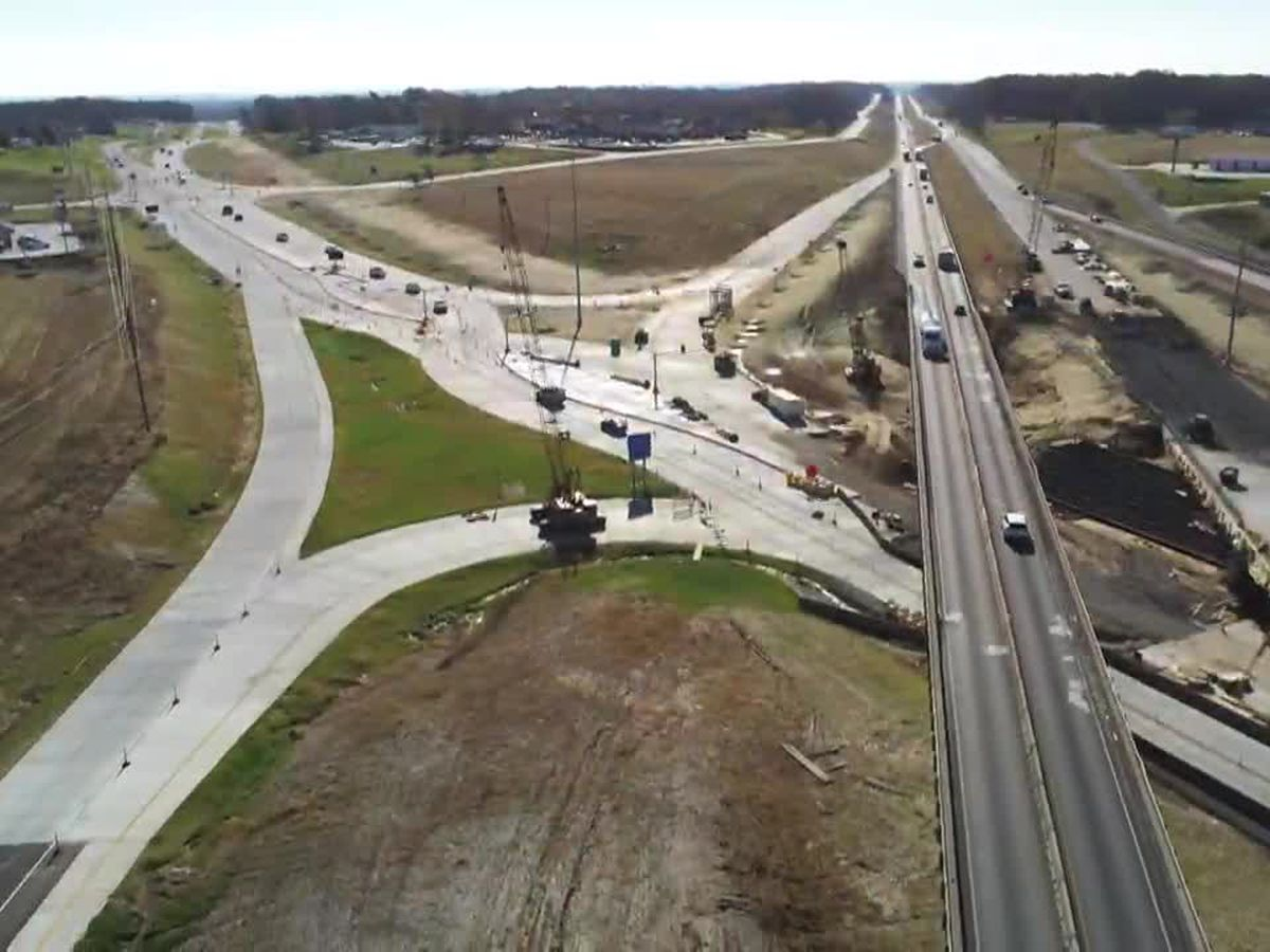 I-55 traffic shifts for diverging diamond interchange at Center Junction to begin