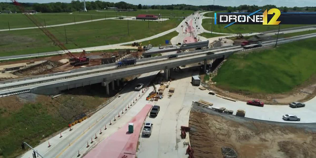 New center spans installed at Center Junction for diverging diamond project