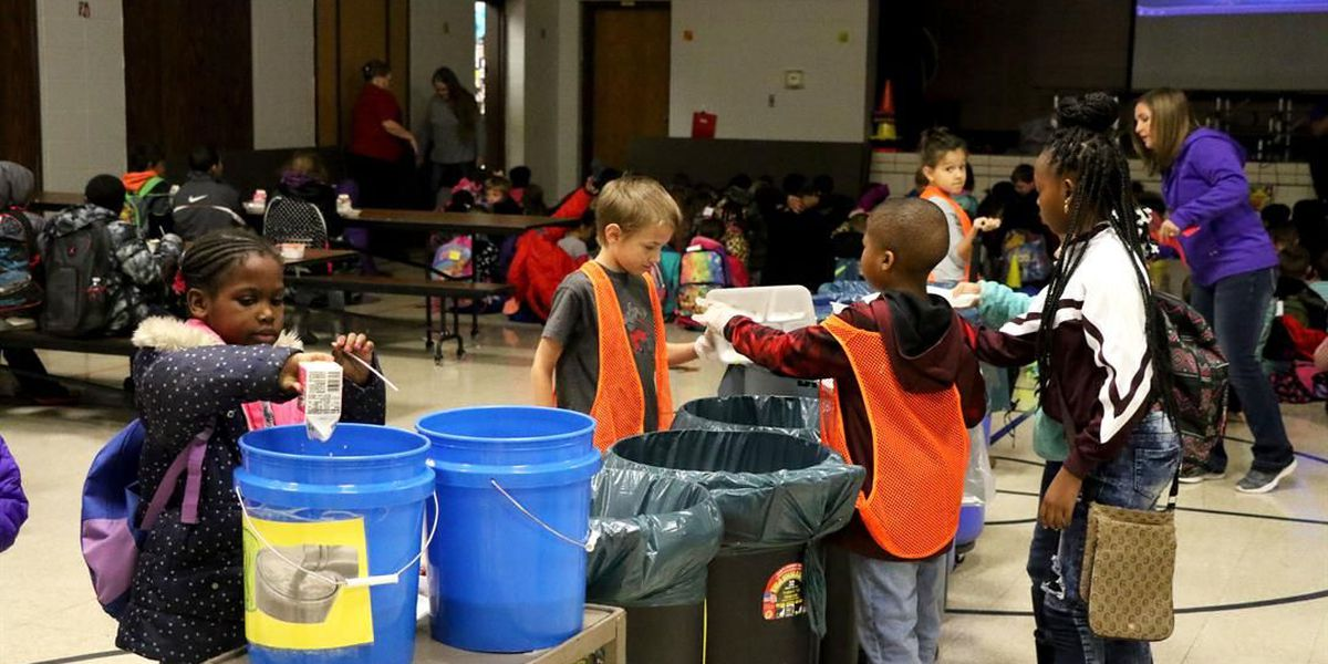 Poplar Bluff students make recycling a priority