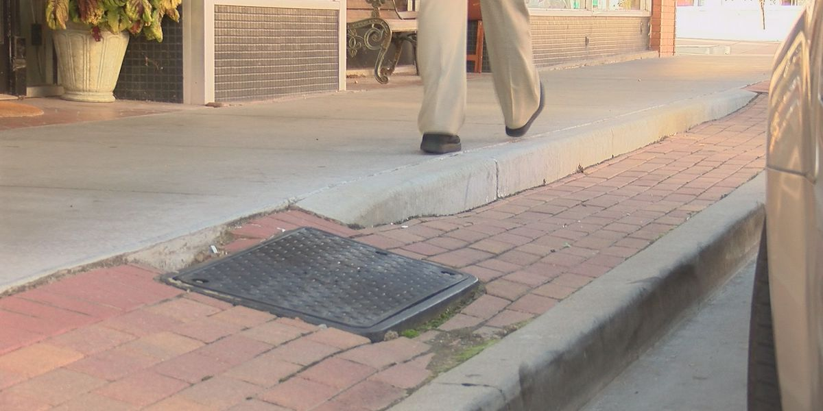 Legally blind Southeast student asks city of Cape Girardeau to improve sidewalks