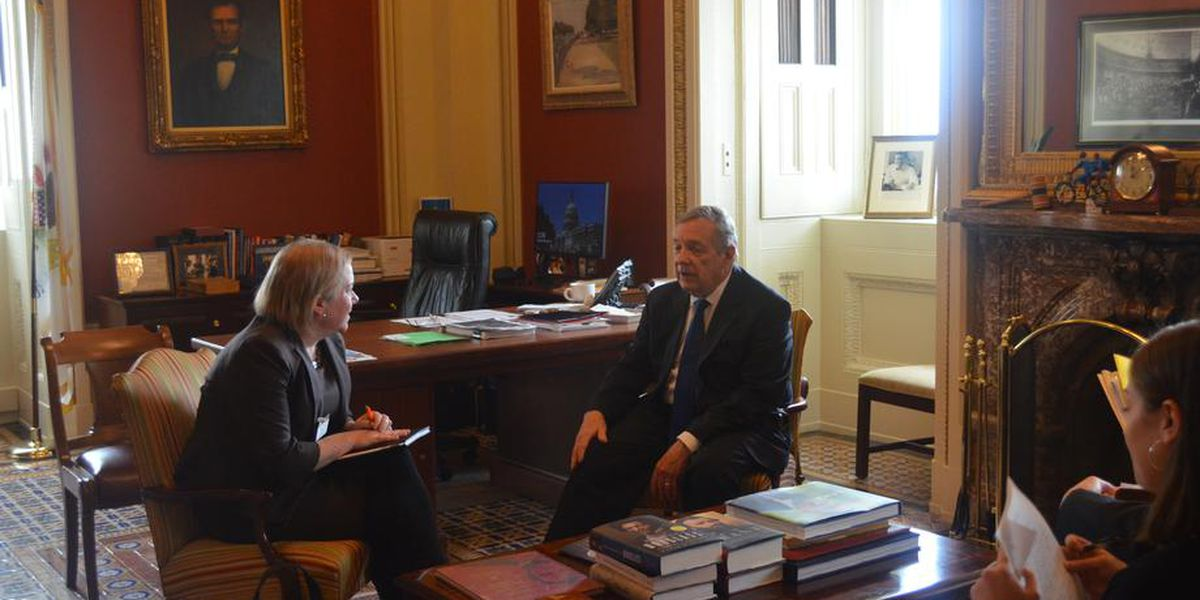 Sen. Durbin discusses coronavirus with health commissioner, wants more federal funds to battle illness