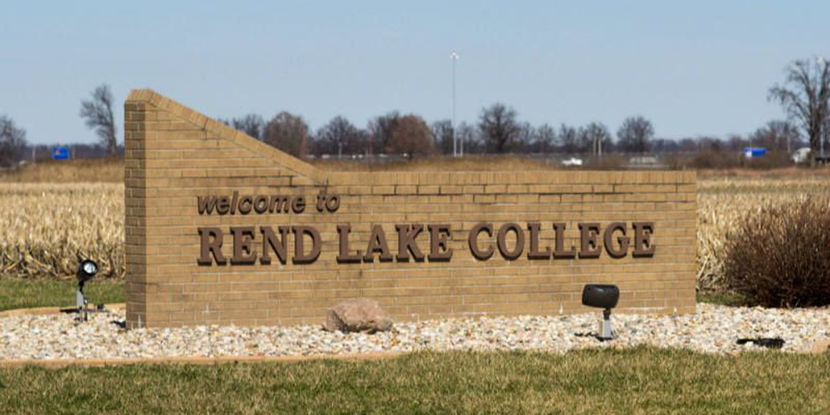 Rend Lake College hosts Super Saturday for new students