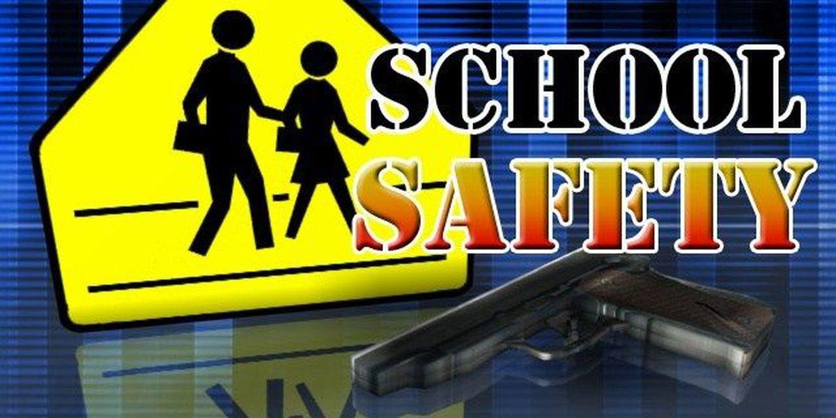 Quinn signs legislation to improve school safety