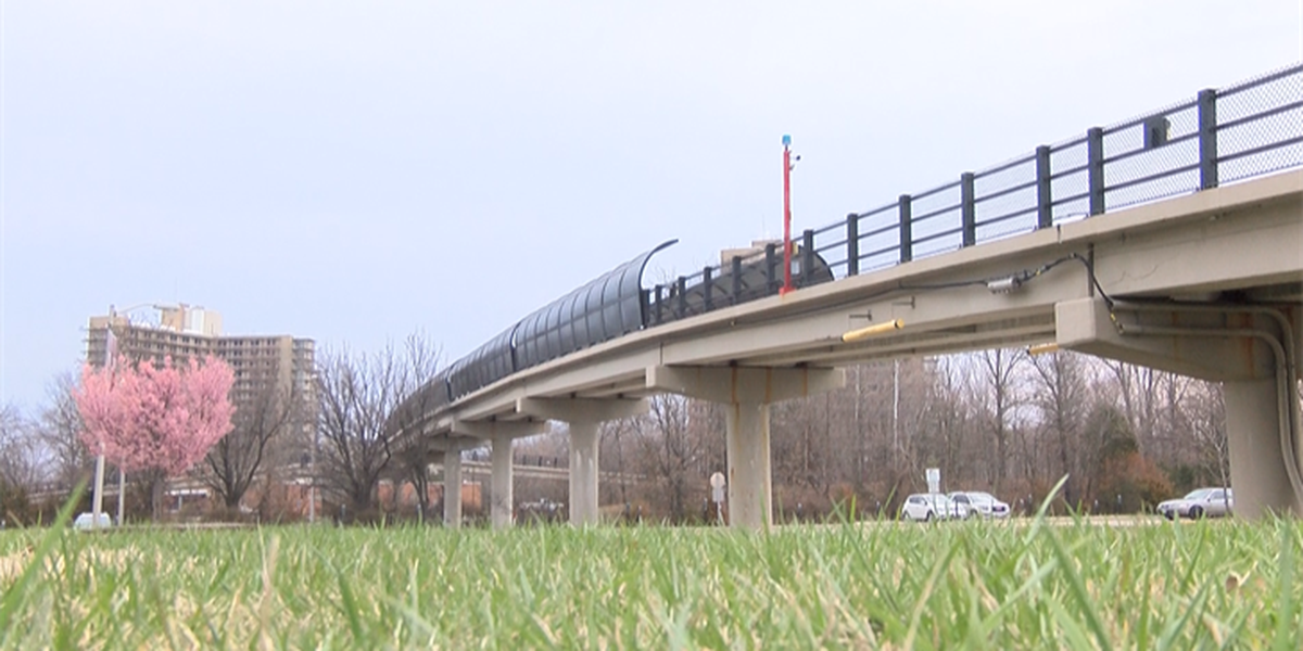 Keeping SIU Carbondale pedestrian bridges safe