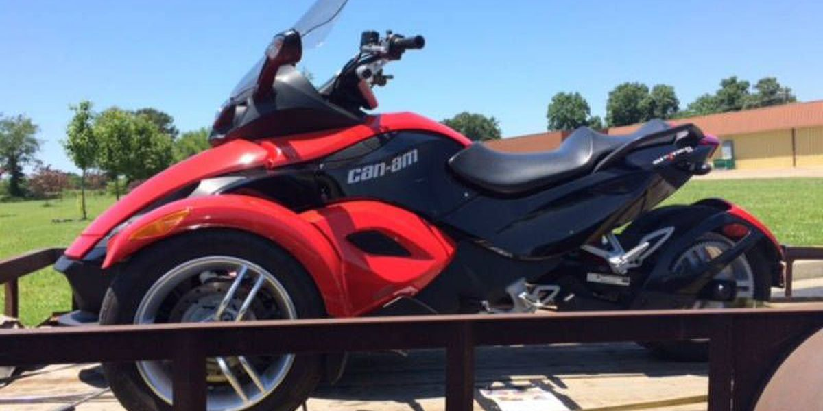 Murray police investigating motorcycle theft