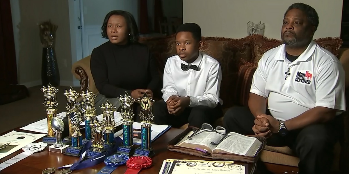 'But we didn't know it': Honor roll student suspended after using counterfeit money at school