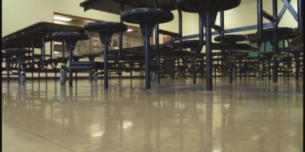 Students at Graves Co. schools may eat breakfast, lunch for free