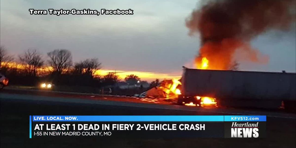 Fiery crash on I-55