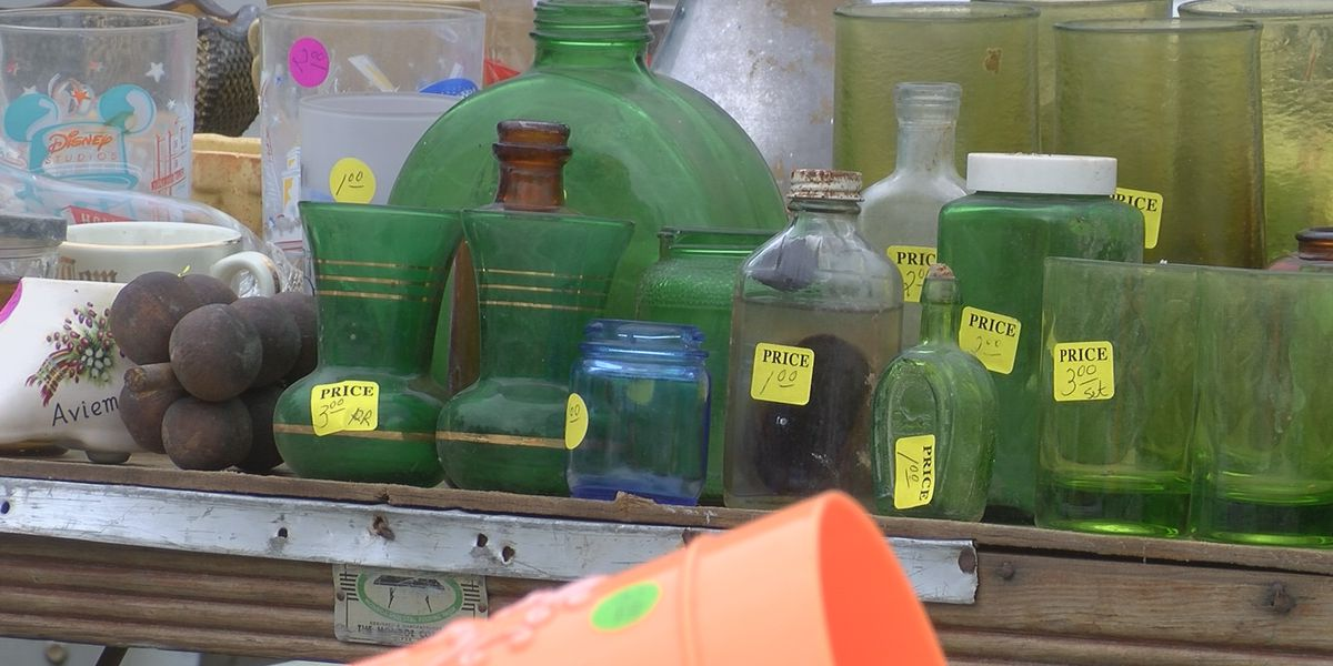 People in the community hold unofficial Highway 61 Yard Sale