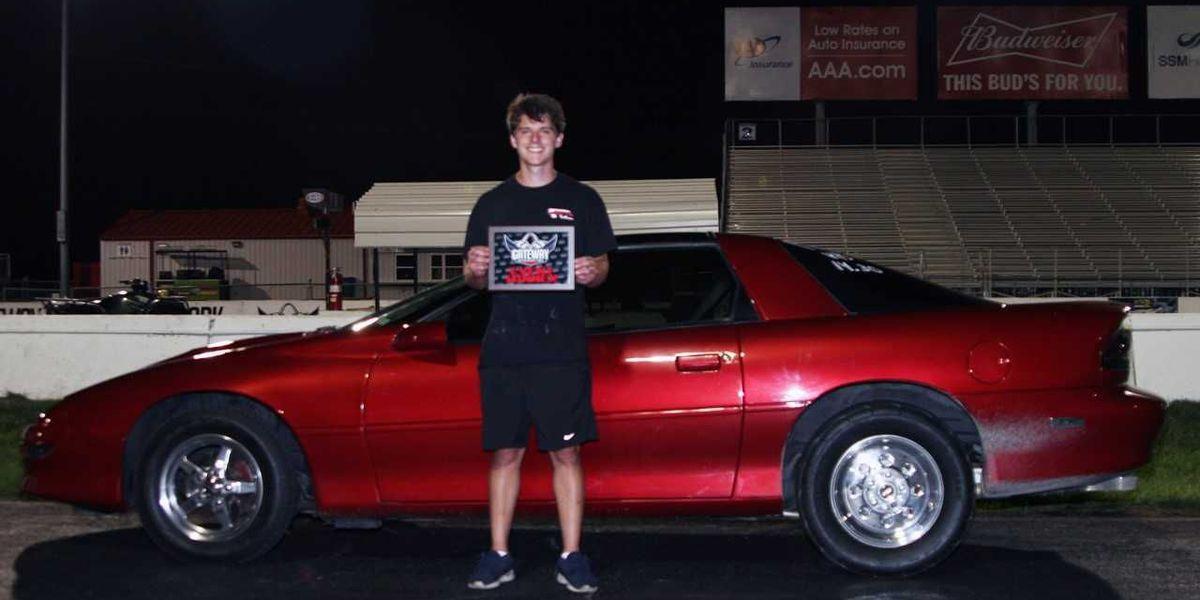 Ricky Thomas IV wins high school class final at gateway motorsports park