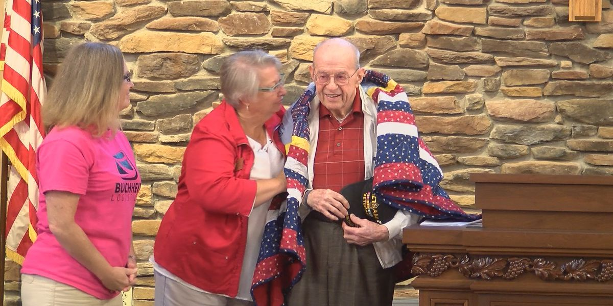 8 men honored with 'Quilts of Valor' in Cape Girardeau