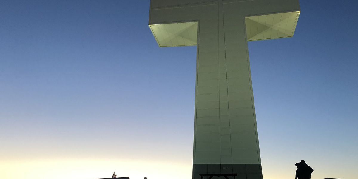 Hundreds gather at Bald Knob Cross to attend sunrise service