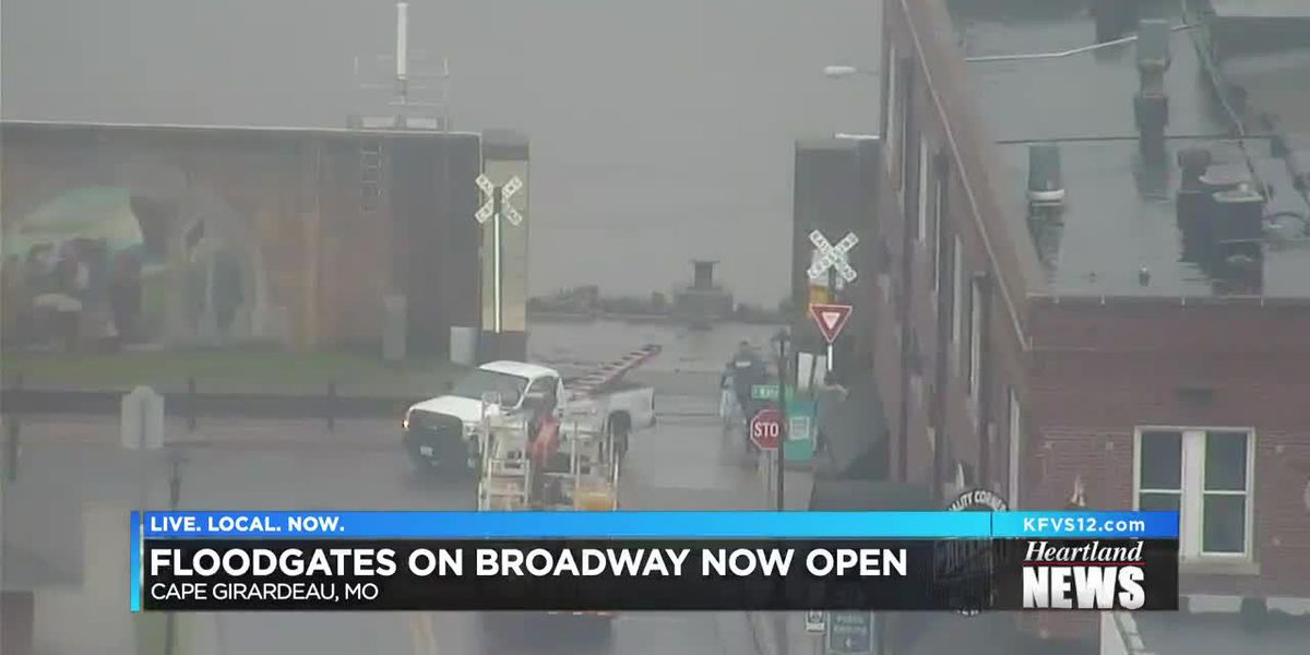 Broadway floodgate opens in Cape Girardeau