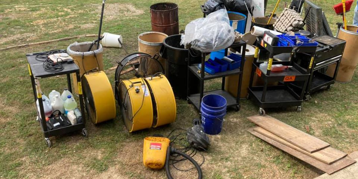 Sheriff's offices recovers stolen property from business