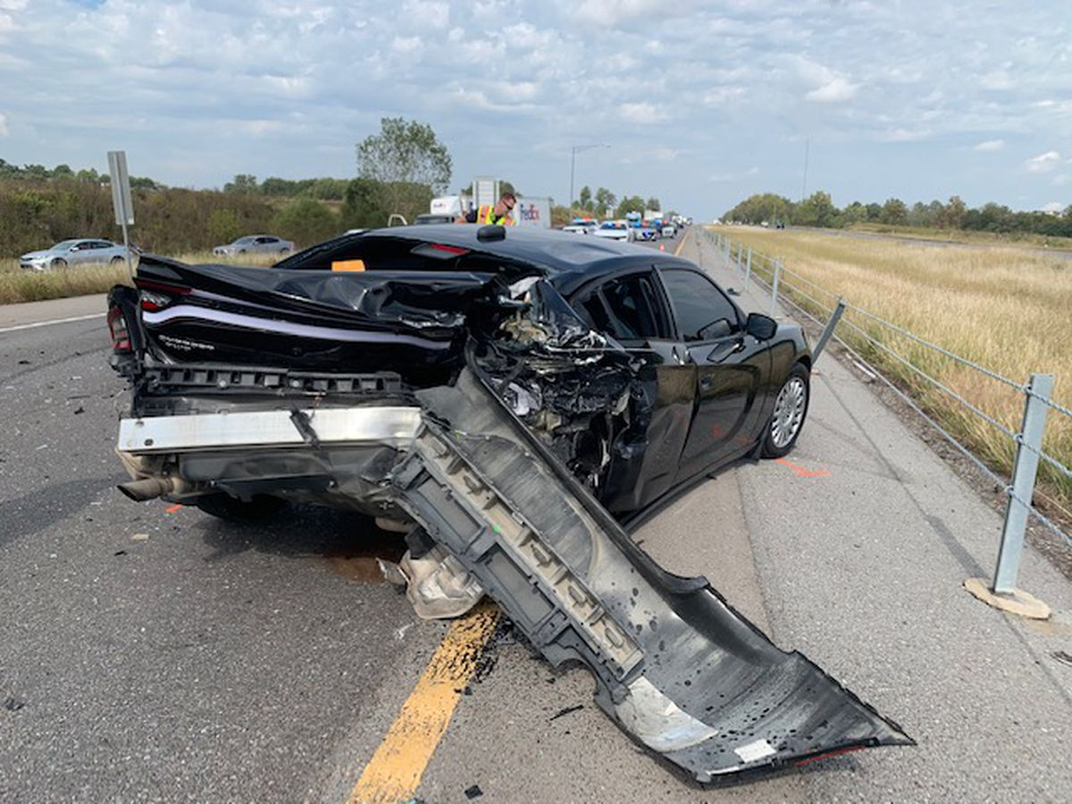 Cape Girardeau police officer urges drivers to focus on road after crash