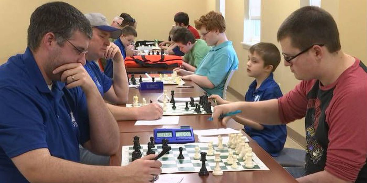 Graves Co. students participate in chess tournament