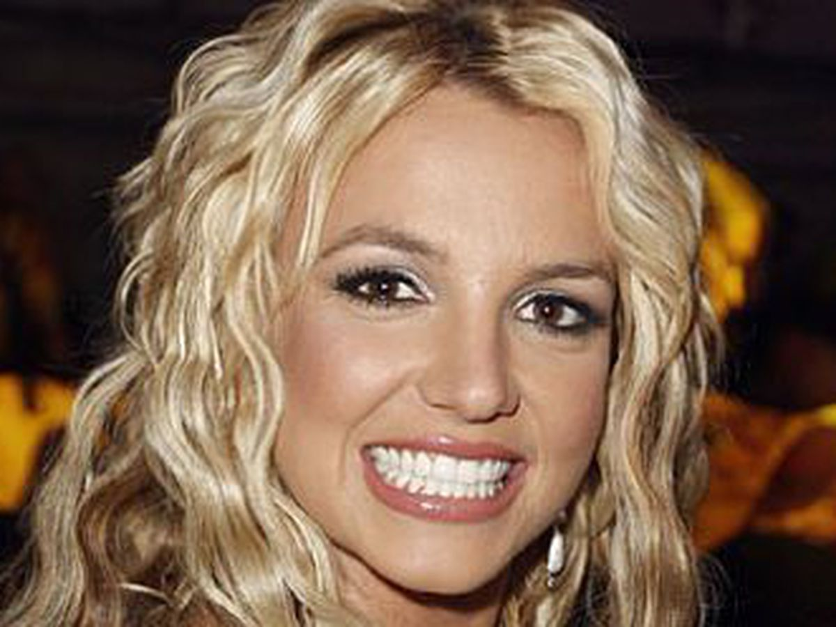 Britney Spears cancels Vegas show after father almost died